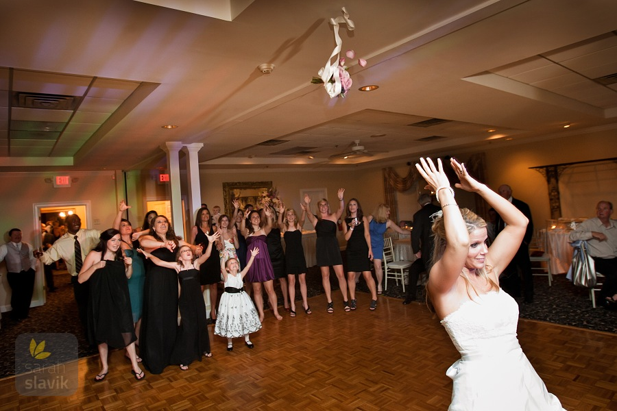 Little Gardens Bouquet Toss