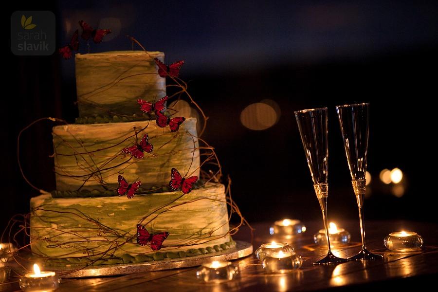 Wedding cake night